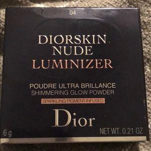 Dior Skin Nude Luminizer